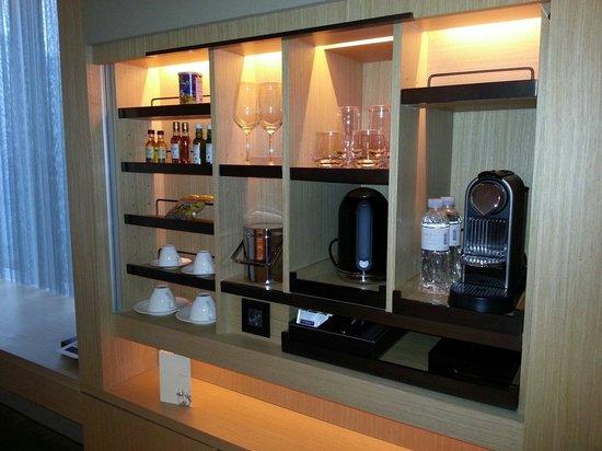 Conrad Seoul: Spot the Nespresso machine? :)