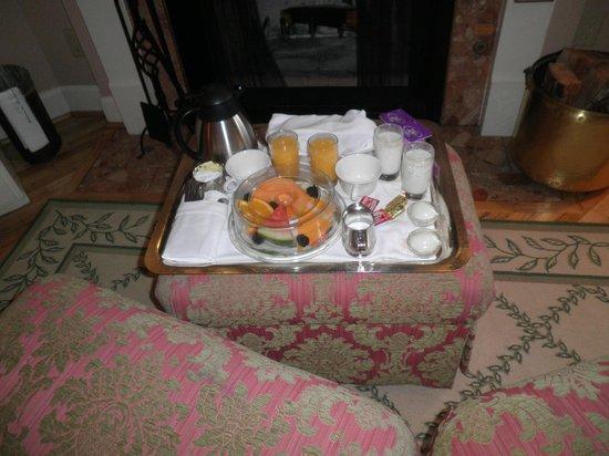 Spindrift Inn : Desayuno, sin gusto y excaso