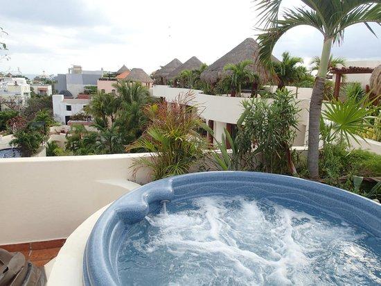 Porto Playa Condo Hotel & Beachclub: Jacuzzi