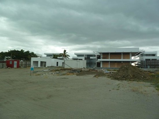 Hilton Fiji Beach Resort & Spa : Major construction work at the Hilton