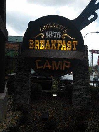 Crocketts Breakfast Camp