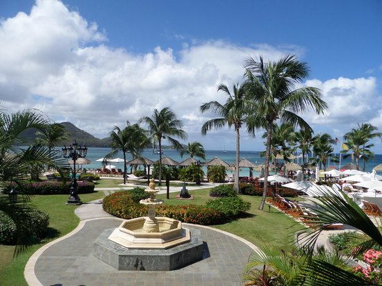 Sandals Grande St. Lucian Spa & Beach Resort : Perfect view from the lobby