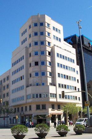 UR Palacio Avenida: Palacio Avenida (view from Plaza Espana)