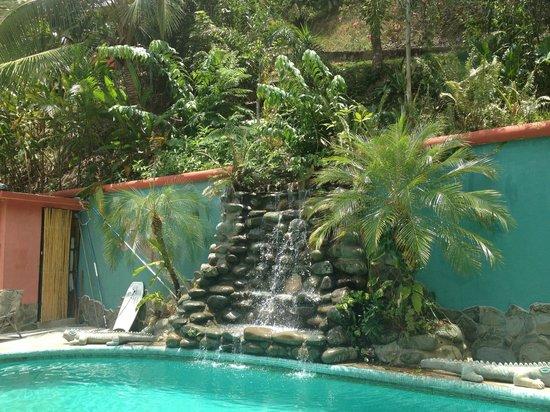 Las Cascadas The Falls: pool and waterfall