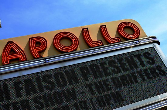 Harlem Heritage Tours: Outside the legendary Apollo theater