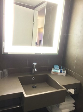 Novotel Manchester Centre: Baño