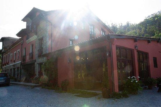 Hotel Rural Casa Cueto: Exteriores