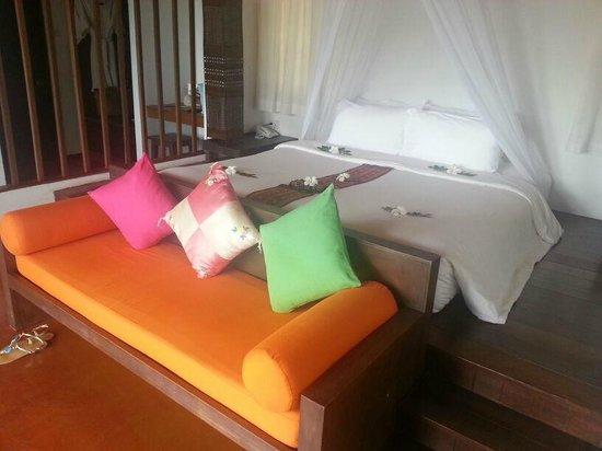 GLOW Elixir Koh Yao Yai: main bed