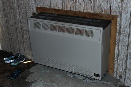 Union Creek Resort: Bedroom Heater