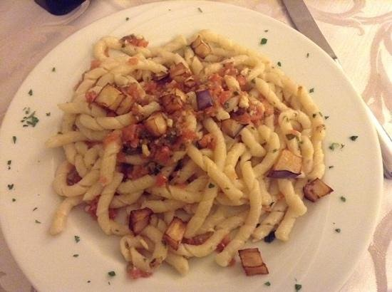 Aegusa Hotel Ristorante: Busiatine alla Matarocco