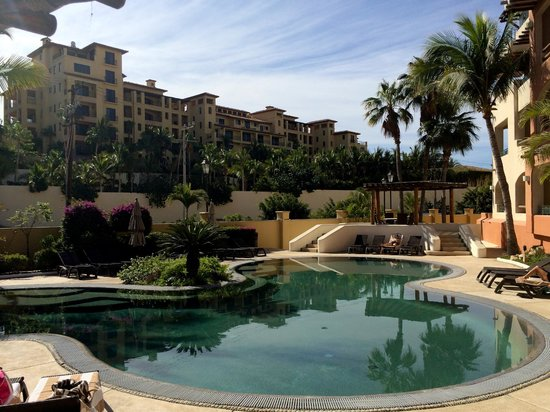 Marina Fiesta Resort & Spa: Side pool