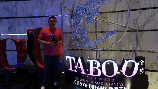 Sheraton Grand Macao Hotel, Cotai Central : Taboo Shows