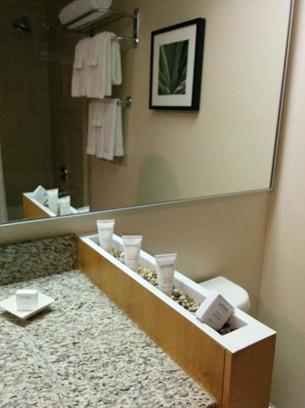 The Domain Hotel : bathroom