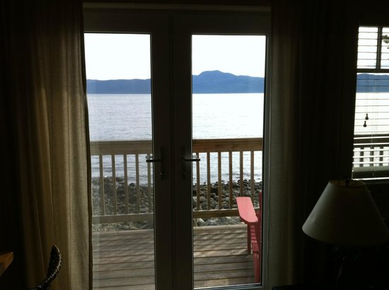 Stillwater Beach House B&B: View from the living room