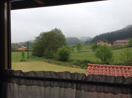 Casa Rural Errota-Barri: Vistas desde nuestra habitación.
