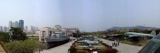 Monumento de Guerra de Corea: Panoramic of Military Arsenal