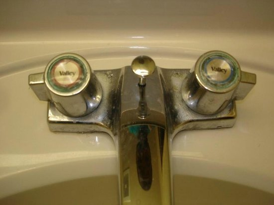 Extended Stay America - Raleigh - Cary - Regency Parkway North: Disgusting, gross filth on bathroom faucet