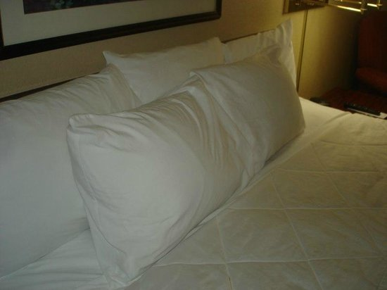 Extended Stay America - Raleigh - Cary - Regency Parkway North: Bed
