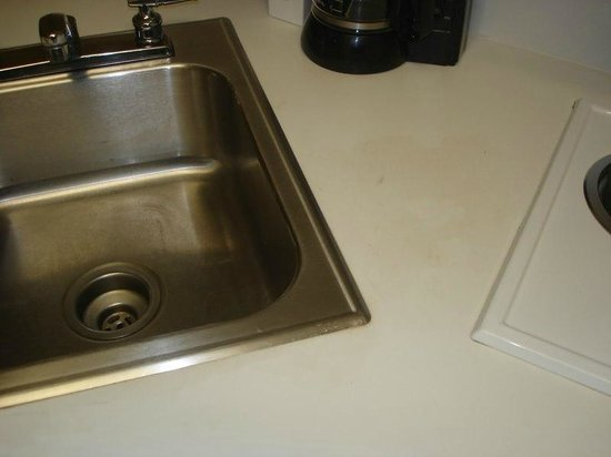 Extended Stay America - Raleigh - Cary - Regency Parkway North : Kitchen