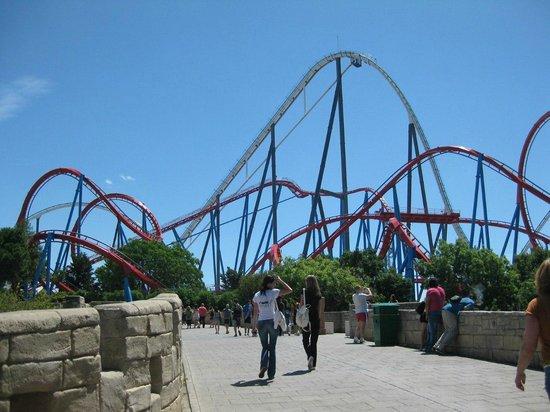 PortAventura Park: Две горки из разных райончиков