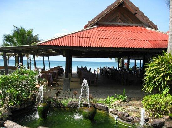 Golden Bay Cottages: Restaurant