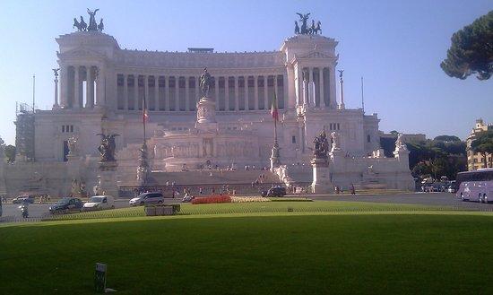 Rome in Limousine
