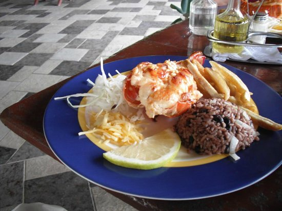 Hotel Tuxpan Varadero: $10 buys you lob dinner