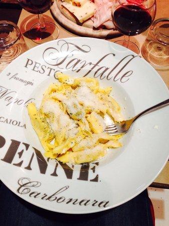 De la Vigne à l'Olivier: Pates au gorgonzola