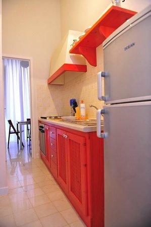 Residence La Mattanza : kitchen