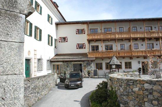 Schloss Mittersill: der Innehof