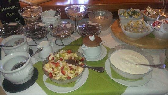 Gaestehaus Hahn: Half of the breakfast buffet...