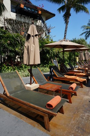 Anantara Bophut Koh Samui Resort : sun beds