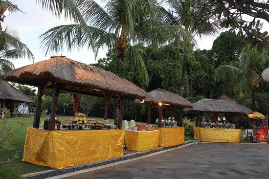 Grand Mirage Resort & Thalasso Spa - Bali : Reception Buffet