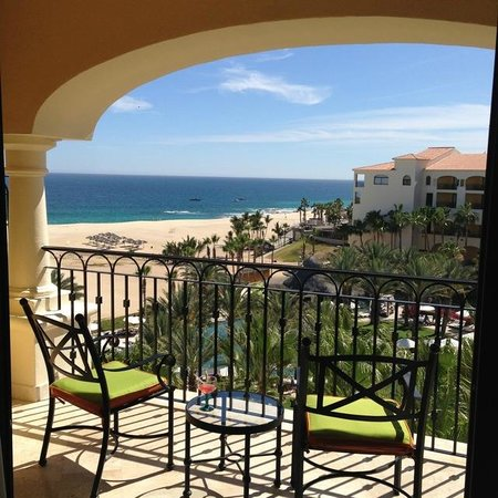 Hilton Los Cabos Beach & Golf Resort: The view from our room 5026