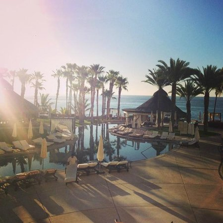 Hilton Los Cabos Beach & Golf Resort: The Dolphin Pool