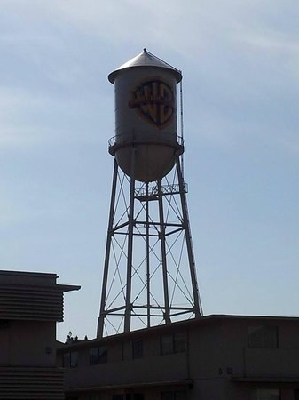 Warner Bros. Studio Tour Hollywood : The famous water tower