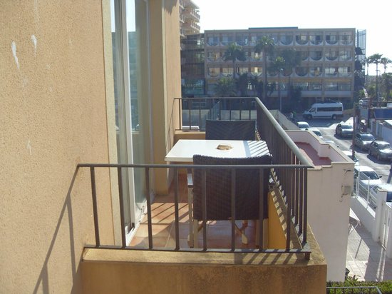 Jade Apartamentos: Balkon