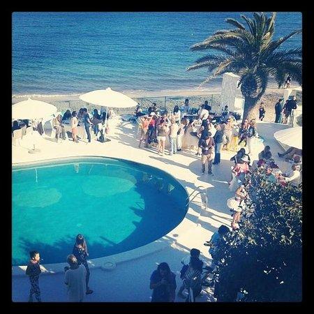 Santos Ibiza Suites: fiestita en la pisci