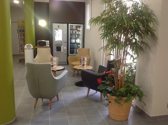 B&B Hotel Brest Port : salon