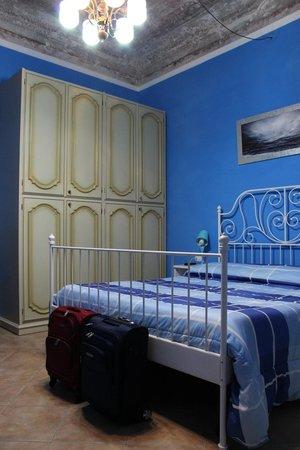B&B Calcio Storico: Habitación azul