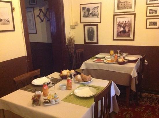 Albergo Ristorante La Bersagliera : Frühstücksraum