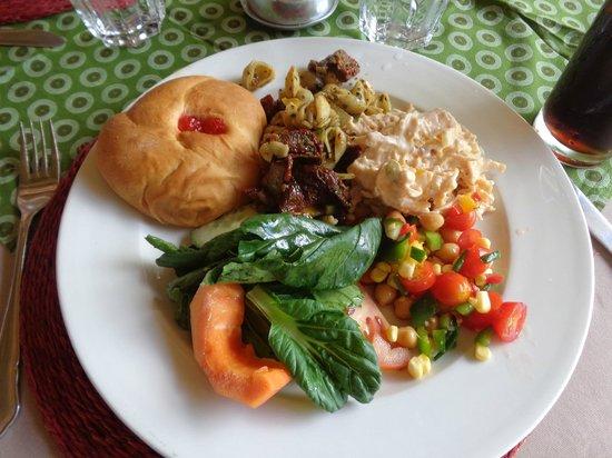 Tanda Tula Safari Camp: Lunch