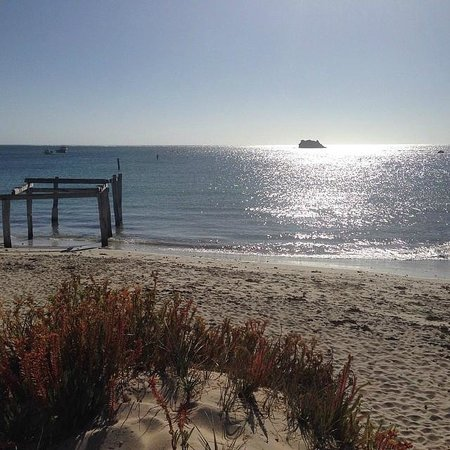 Hamelin Bay: the view
