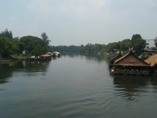 Tiger Temple Thailand Tour : River Kwai