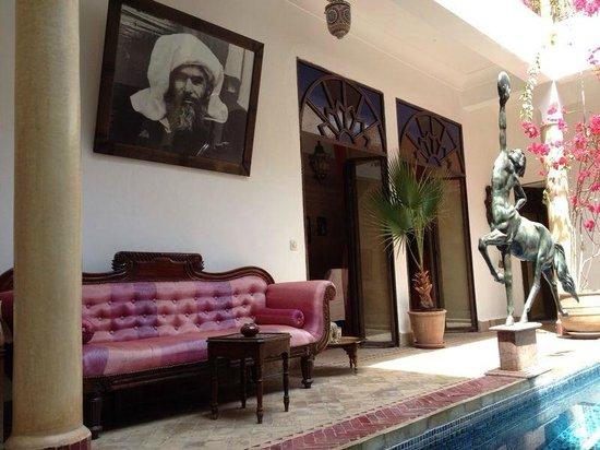 Riad El Zohar: El Zohar