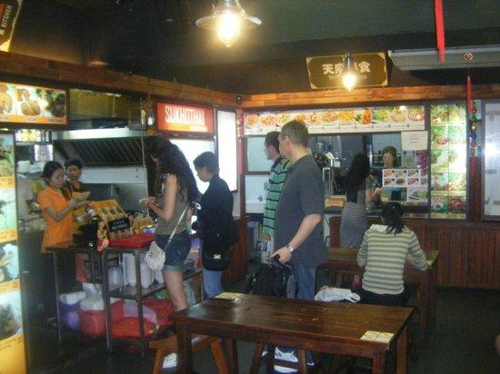 Hotel Royal at Queens: TasteBud Food Court - Queen Street - Super cheap & tasty