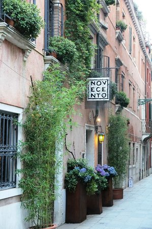 Novecento Boutique Hotel: outside