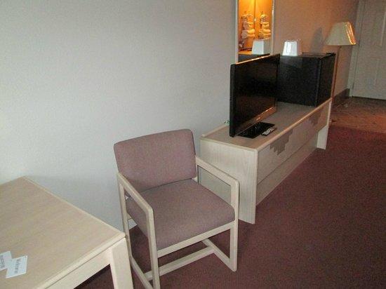 Grand Canyon Inn & Motel: TV- und Sitzecke
