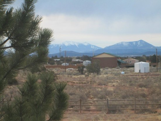 Grand Canyon Inn & Motel: Blick aus dem Fenster zum Humphreys Peak
