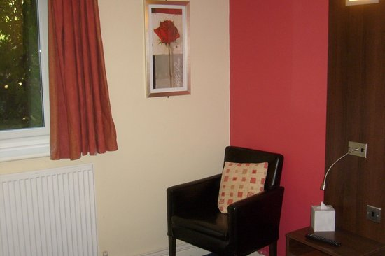 Quality Hotel Coventry: bedroom